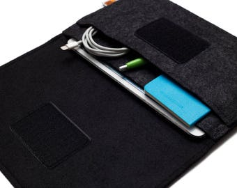 iPad mini 4 Case, iPad mini 2 Sleeve, iPad mini Cover Bag. Black Felt. Weird.Old.Snail