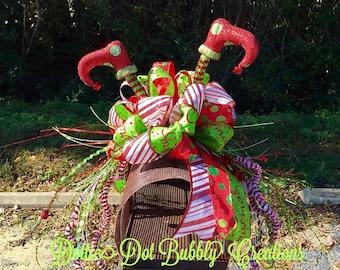 Elf Leg Mailbox Topper, Mailbox Topper, Christmas Mailbox Topper, Christmas Garland, Christmas Swag, Christmas