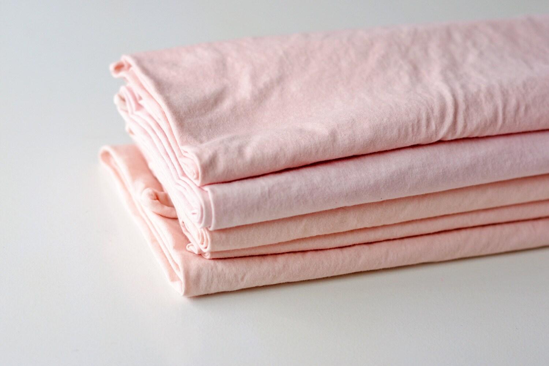 Bengala dye in pink from Loop of the Loom