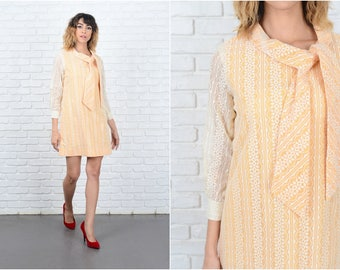 Vintage 60s Yellow + Cream Mini Dress Mod Floral Cutout A Line Gogo Small S 9252