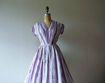 1950s dress . vintage purple striped 50s dress