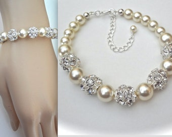Pearl bracelet - Swarovski pearls and crystal balls - Brides bracelet - Classic - Wedding Jewelry - Bridesmaid, Birthday Gift ~ HOLLY