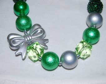 Girls Chunky Green with Bow Necklace