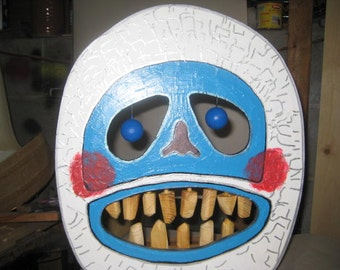 Bumble The Snow Monster  Face Shooting Gallery Target Game for the Nerf Gun - Christmas Party game Winters Kids