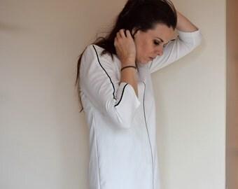 salvation armani vintage shift dress - mod style - white shift dress with black line detail - above knee dress - vintage size xxs - twiggy