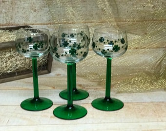 Irish Clover Wine Glassses (Four Glasses)