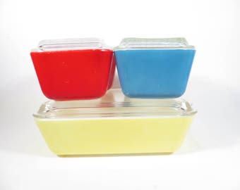 Mid Century Pyrex Primary Colors Refrigerator Dishes with Lids  - Yellow Blue Red  Large Medium Small Friggie