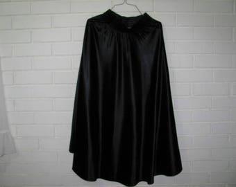 Vtg black satin circle skirt waist size 26''-32''