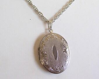 Vintage Silver Locket, Mother's Day Gift, Ornate Art Nouveau Locket, Oval Locket Necklace, Keepsake Locket, Mourning Locket, Photo Locket