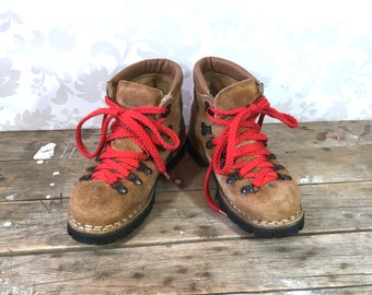 Hiking Boots, Brown Leather Suede, made in Italy, Lace up work boots Size 8M ladies US sizing or 6 mens