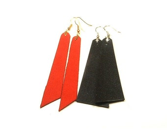 Leather earrings, plain triangle straps