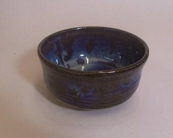 Tea bowl, (chawan). Glazed in blue beige.