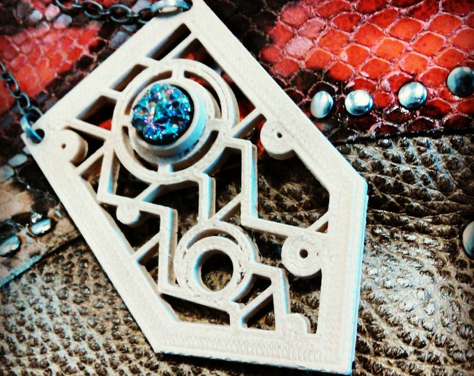BYO3D: GLASS - 3d Printed Zig Zag Motif Pendant, Choice Color, Single Cabachon, 22 inch Silverplate Chain