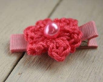 Salmon Pink Crochet Flower Alligator Hair Clip with Non-Slip grip lining