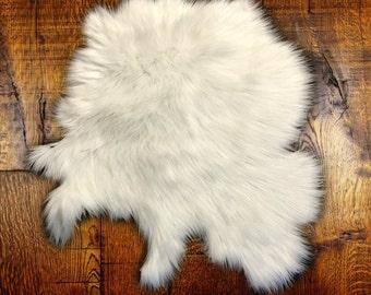 Faux Fur Shag Sheepskin Throw Rug - Shaggy - Soft - Thick - Tibetan Shag Carpet - Fur Accents Designer Rugs USA
