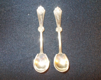 Rogers Brothers Silver Plates Pair of Salt Spoons