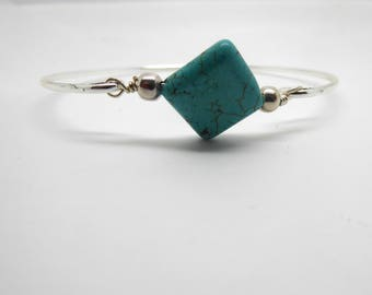 Silver Stacking Bangle/Turquoise,Howlite Bead/ Birthday//Sister/Friend Gift Gift//LR029B