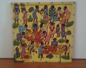 TRAY DEPICTING AFRICAN Market Day. Hand painted on wooden board. Happy, busy market day. Tray can also be hung on the wall with adding hooks
