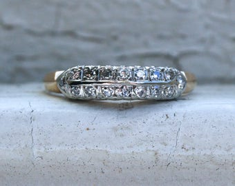 Lovely Vintage 14K Yellow Gold Two Row Diamond Wedding Band - 0.32ct.