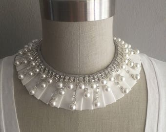 White Pleated Collar Necklace with Adjustable Bow, Pearl and Rhinetones
