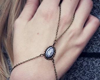 HOLIDAY SALE black and white slave bracelet, bracelet ring, ring bracelet, boho bracelet, hipster bracelet, slave ring