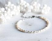 630_Bridesmaid pearl crystal bracelet, Silver minimal freshwater ivory bracelet, White pearl crystal bracelet, Crystal bridesmaid bracelet