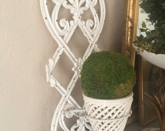 Vintage Cast Iron Plant Stand Pot Holder Wall Plant Holder Towel Ring Cast Iron Garden