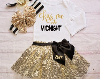 Baby Girl New Years Outfit...Kiss me at Midnight..NB-7T Sizes- New Years Bodysuit /Top Skirt...1st New Years Outfit/ Silver New Years Outfit