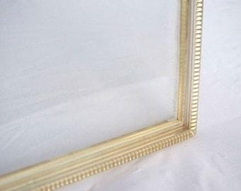 Vintage Jewel Design Plastic Picture Frame