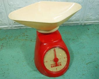 Vintage 1960s Modern Miss Salter Toy Kitchen Scale, Red Plastic, Made in England by Raphael Lipkin Ltd.