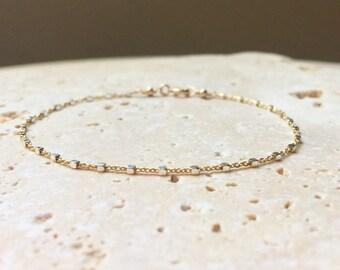Two tone gold and silver knot bracelet  - delicate gold filled bracelet - gold filled knot bracelet - dainty gold bracelet - gold satellite
