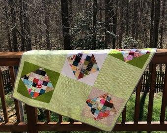 Gender Neutral Quilt- Green quilt, unique quilt, ready to ship quilt, i spy quilt, baby boy quilt, Modern quilt, fun quilt, baby girl quilt