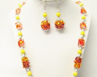Chunky Orange Mix Disc/Barrel Glass Bead Necklace/Bracelet /Earrings Set
