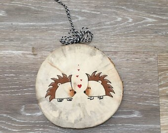 Hedgehog Ornament, Christmas Ornament, Wood Slice Ornament, Hedgehog, Woodland Christmas, Hedgehog Lover Gift, wildlife Ornament, Woodland
