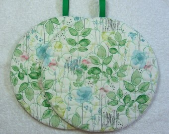 Pot Holder Quilted Embroidered Hot Pad Set of 2 - Hot Pad/Pot Holders Trivet Ready to Ship