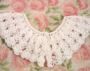 Vintage handmade Crochet white collar