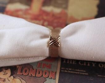 Avon Silk Weave Gold Tone Ring - Vintage 1980