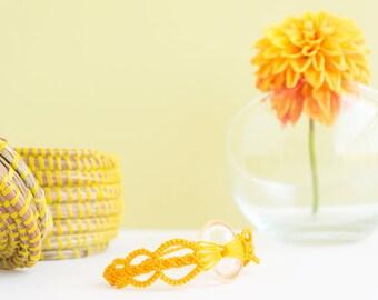 crystal quartz bracelet · yellow bracelet · everyday bracelet · macrame bracelet · healing crystal bracelet · macrame crystal quartz band