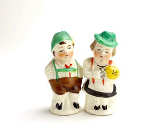 Vintage German Couple Salt and Pepper, Boy Girl Children Shakers, Hand Painted Ceramic 1950s Kitsch Salt and Pepper Shakers, Collectible