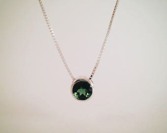 Single stone necklace