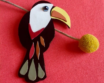 Handmade Leather Toucan Bird Brooch - Toucan Bird - Tropical Bird Jewellery - Bird Brooch