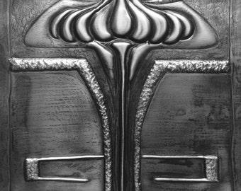 Art Deco Lily