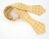 Vintage 1960s Yellow Adjustable Silk Diamond Point Bow Tie with Green Neats