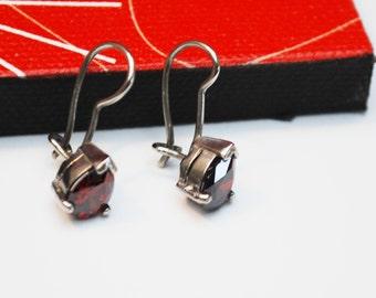 Sterling  Garnet  Earrings - Red Gemstone Dangle drop earrings