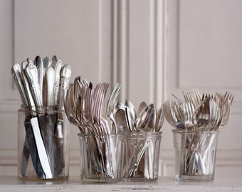 Flatware (set of 8)