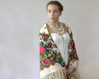 white Russian wool shawl, gift for her, boho accessory, rustic chic throw, folk shawl with flowers, ethnic shawl, traditional folk scarf