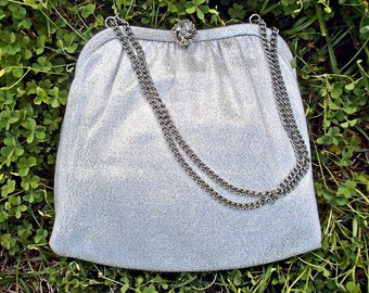 VTG 1960s- Lovely, 1950s-1960s, Sparkly, Metallic, Silver Evening or Wedding handbag, small evening purse with floral latch and chain strap