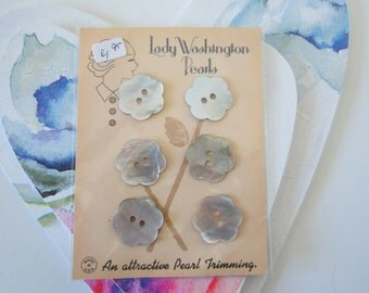 Mother of Pearl Flower shaped Buttons- 3/4 inch- 6 on a card