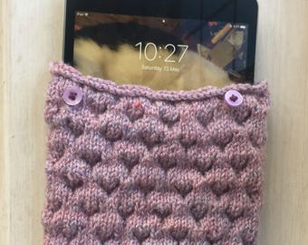 Hand made ipad case, handmade tablet sleeve, knitted tablet sleeve, samsung tablet case, hand knitted, android tablet sleeve, soft ipad case