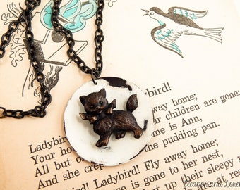 Upcycled vintage cat necklace / cat charm necklace / recycled jewelry / salvaged jewelry / assemblage necklace / cat lady
